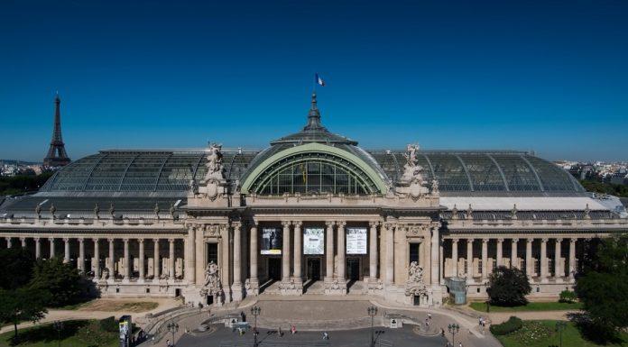 Grand Plais In Paris Front View