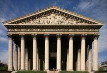 L'Eglise De La Madeleine In Paris