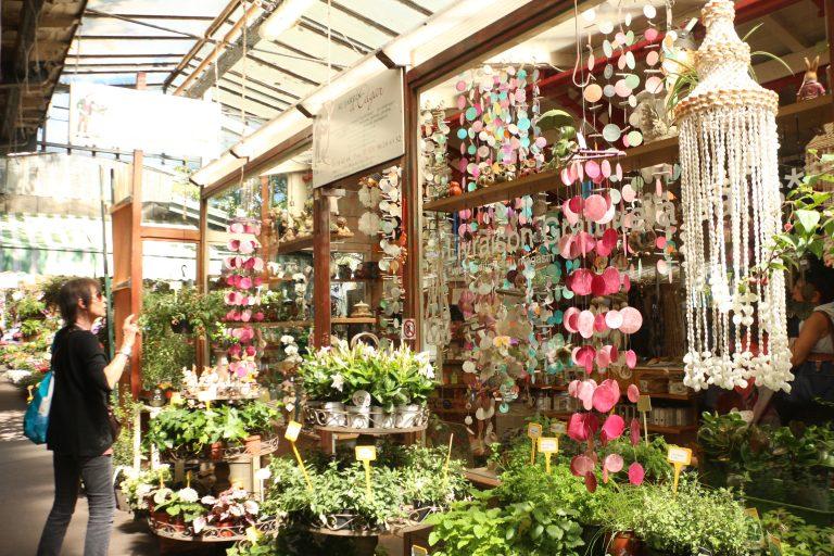 Marché aux Fleurs (Pasar Burung)