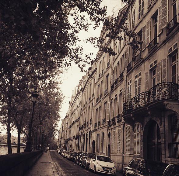 Quai de Bourbon in Paris