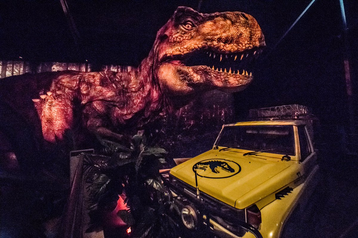 The Jurassic park car under attack in Paris
